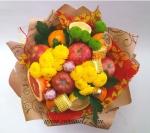 Букет с хризантемой